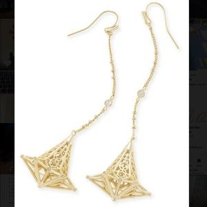 Kendra Scott Gold drop earring